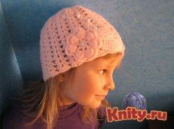 Вязание шапки для девочки на весну крючком