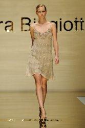 Вязаная мода весна/лето 2012 от Laura Biagiotti