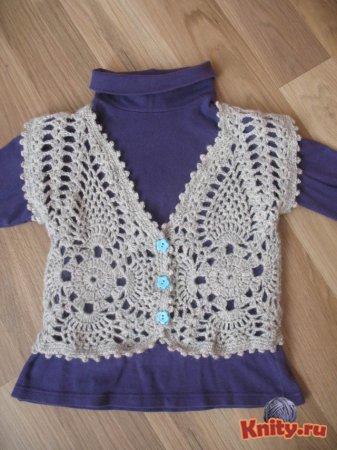 Вязание ажурной жилетки для девочки крючком