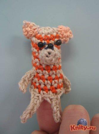 Вязание крючком пальчиковой игрушки Кошка