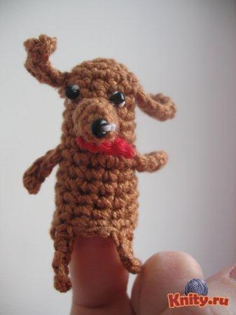 Вязаная пальчиковая игрушка Жучка