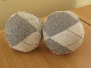 Как сделать мяч своими руками из клубка ниток